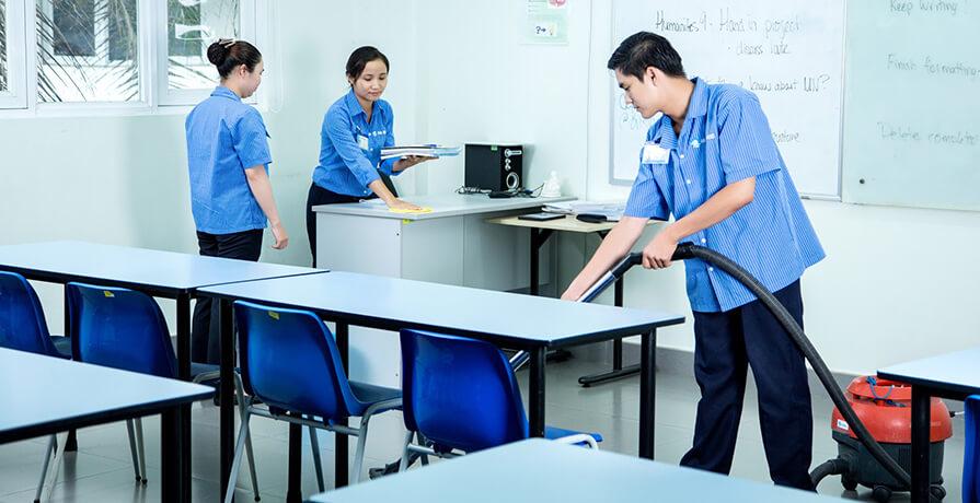Tổng vệ sinh trường học