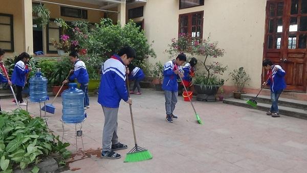 Nâng cao ý thức bảo vệ môi trường cho học sinh bằng hoạt động dọn dẹp vệ sinh trường học
