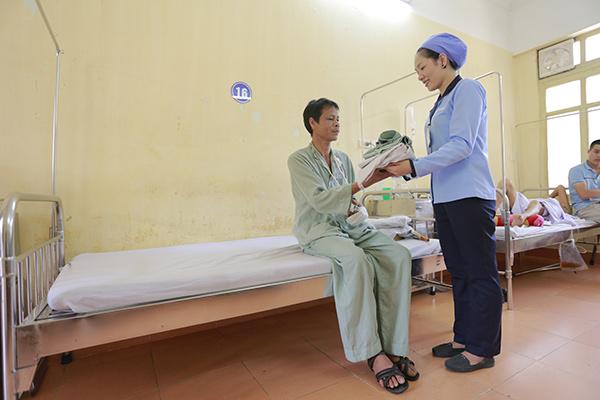 Hỗ trợ hộ lý bệnh viện 108