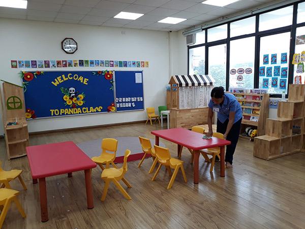 Sử dụng dịch vụ vệ sinh trường học mang đến nhiều lợi ích