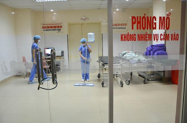 Vệ sinh phòng mổ bệnh viện 108